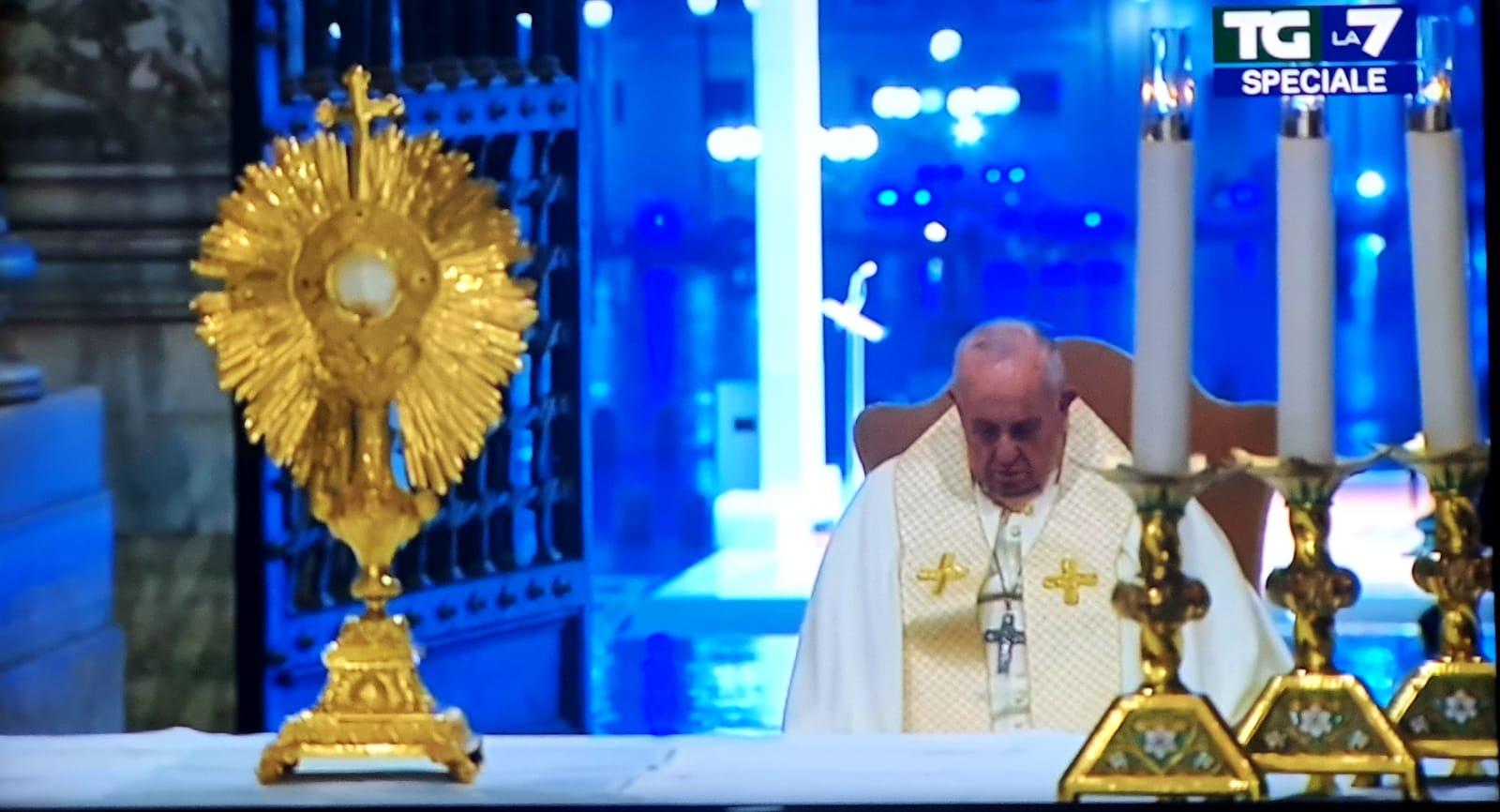 27 marzo 2020: momento straordinario di preghiera in piazza san Pietro
