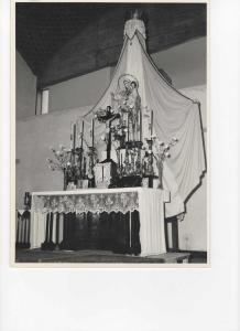 """Foto """"antiche"""" della chiesa"""